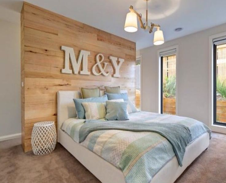 Walk in robe + ensuite behind headboard wall