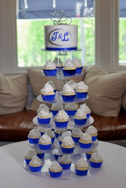 royal blue wedding cupcakes   Royal Icings   Springfield, MA Wedding cakes- red instead