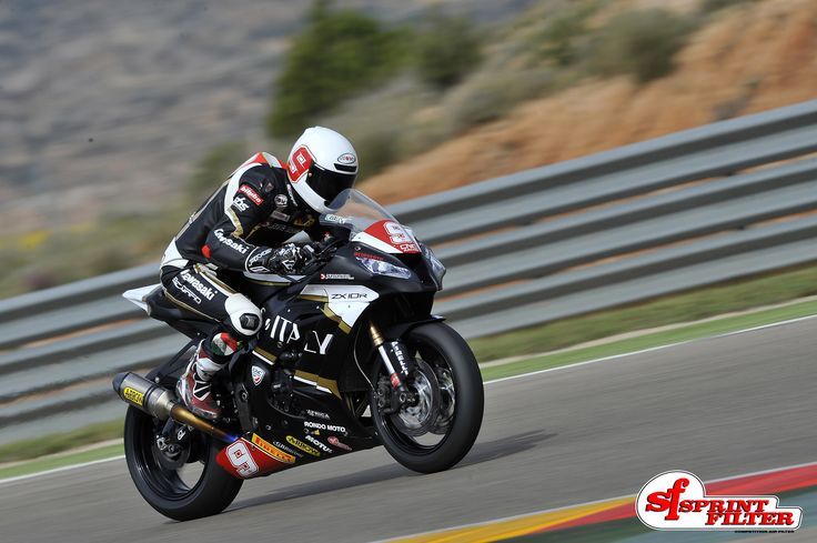 Francesco Cavalli - Kawasaki ZX-10R by Clasitaly Team - An engineer in the FIM Superstock Cup 1000
