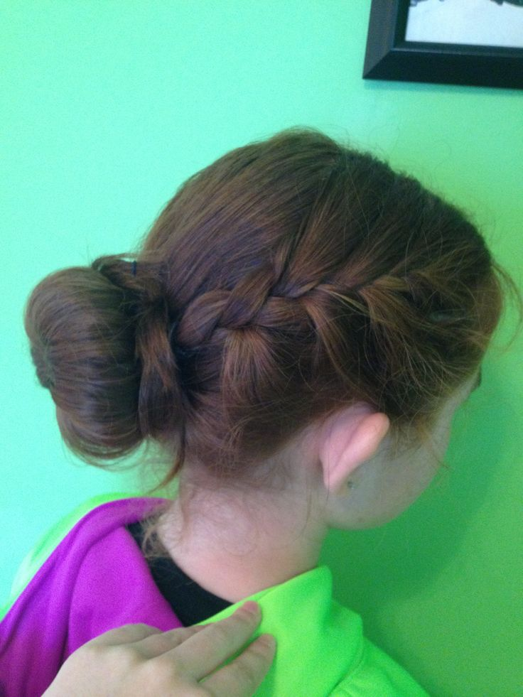 how to make a french braid bun