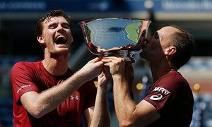 Jamie Murray of Great Britain and Bruno Soares of Brazil celebrate defeating…