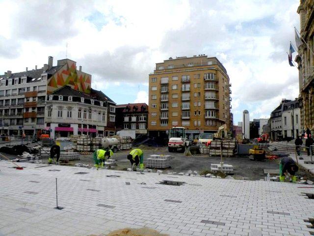 travaux devant la mairie 2010
