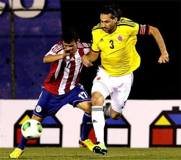 Con doblete de Mario Yepes, la selección #Colombia derrotó a #Paraguay en #Asunción Con triunfo ante #Paraguay, la Tricolor se ubicará cuarta en la clasificación #FIFA con 1178 puntos y será cabeza de serie en #Brasil2014.