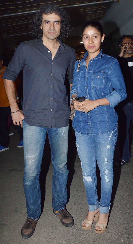 Imtiaz Ali with Sunidhi Chauhan at screening of #Bengali film 'Teenkahon'. #Bollywood #Fashion #Style #Beauty #Denim