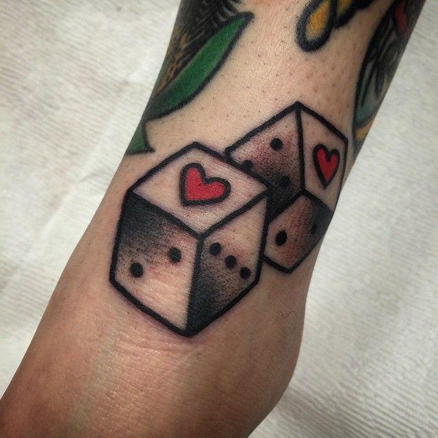 Myra Oh - Diadem Tattoo