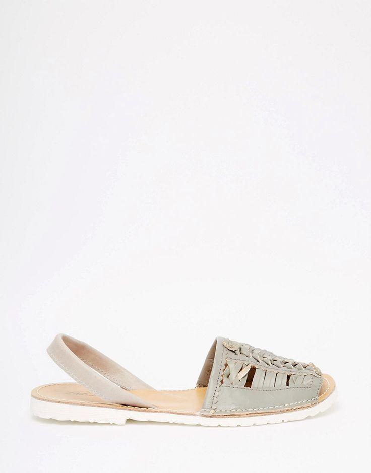 Изображение 2 из Плетеные кожаные сандалии с ремешком на пятке Park Lane