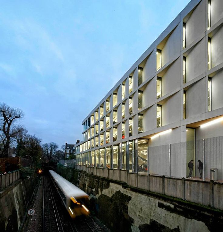 university of greenwich stockwell street building   heneghan peng architects