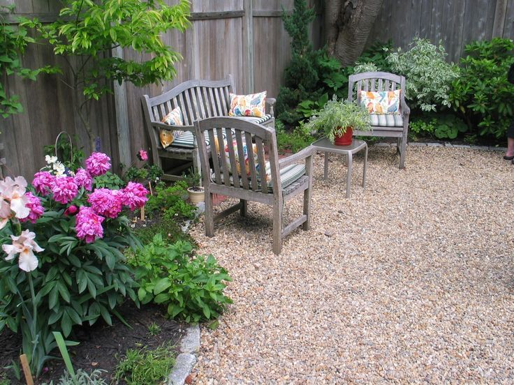 Beautiful Garden And Exterior Design Using Pea Gravel: Pea Gravel Patio  Ideas And With Outdoor Wood Furniture And Outdoor Cushion Also Pea Gravel  For Gravel ...