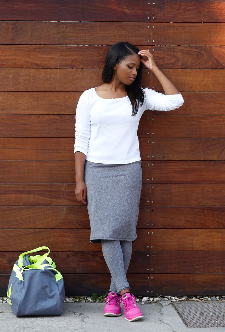 Looking for #modest workout clothes? Get a workoutskirt like this beauty from @Snoga! Full review on DowntownDemure.com