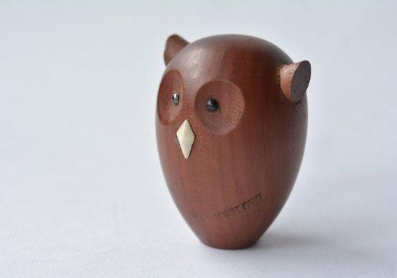Vintage Royal Pet / HORNED OWL / Japanese by MinimalismOnline