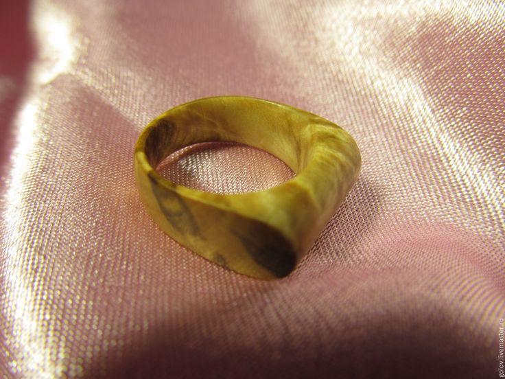Купить Просто красивое колечко)) - комбинированный, кап, кольцо из дерева, украшения из дерева, натуральное дерево