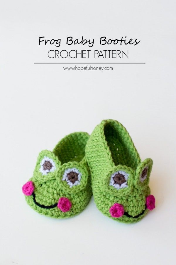 Frog baby booties free #crochet pattern from Hopeful Honey