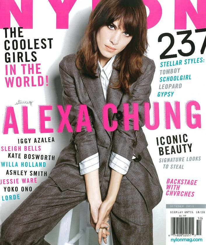 a3fdd2ff04a0c9390f9b4f1b51beb9a0 october fashion magazines