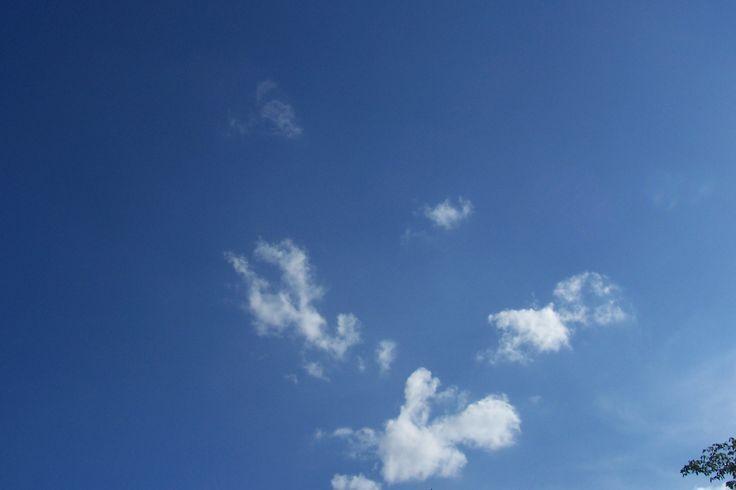 Cielo azzurro   blauer Himmel in Hamburg #schönstestadtderwelt