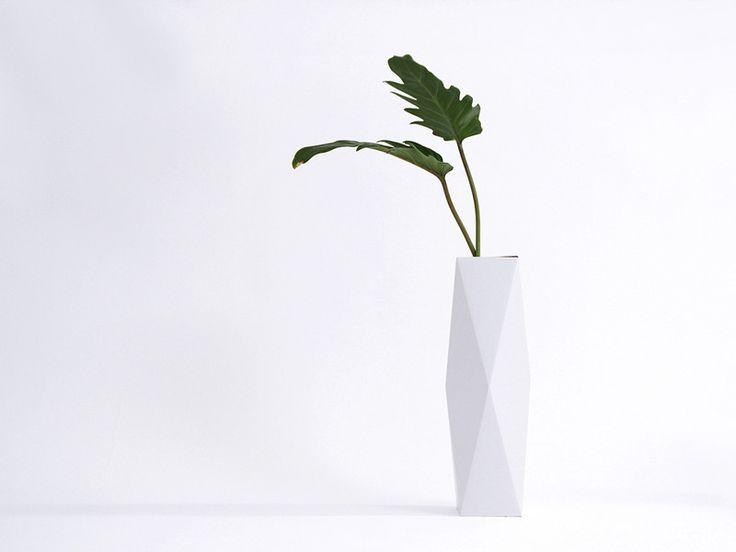 Deko-Objekte - Vase SNUG.VASE high / weiß - ein Designerstück von snug-studio bei DaWanda