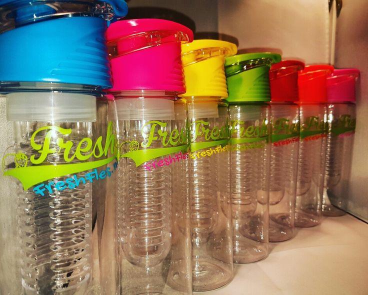 #freshfles #gezondheid #health #fitness #drinken #drinks #kiesjekleur #pickyourcolour   www.freshfles.nl