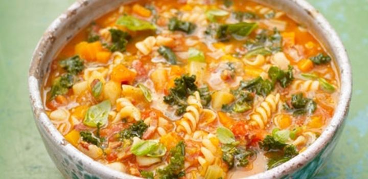 Jamie Oliver's Minestrone Soup - a basic but lovely vegetable soup that's jam-packed full of goodness!