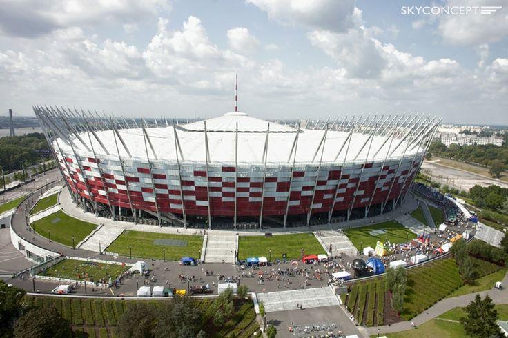VIII SuperFinał PLFA - piknik przed Stadionem Narodowym z lotu ptaka