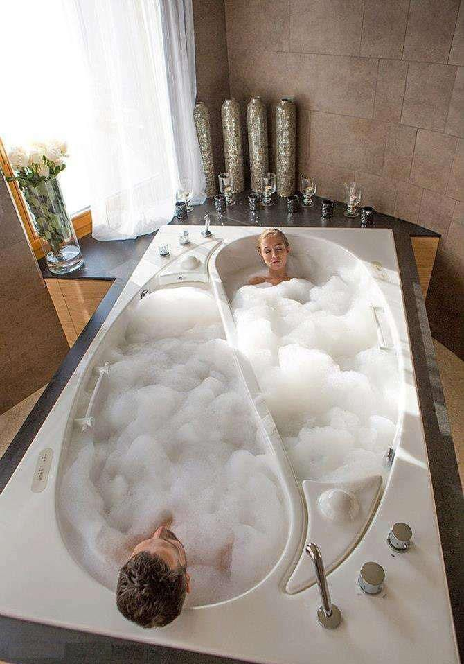 Here's an interesting his/hers bathtub. Shared from Interesting & Creative Designs also http://www... pinned with Pinvolve