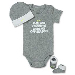 Infant Nike 9 Months 3-Piece Set | FinishLine.com | Heather Grey