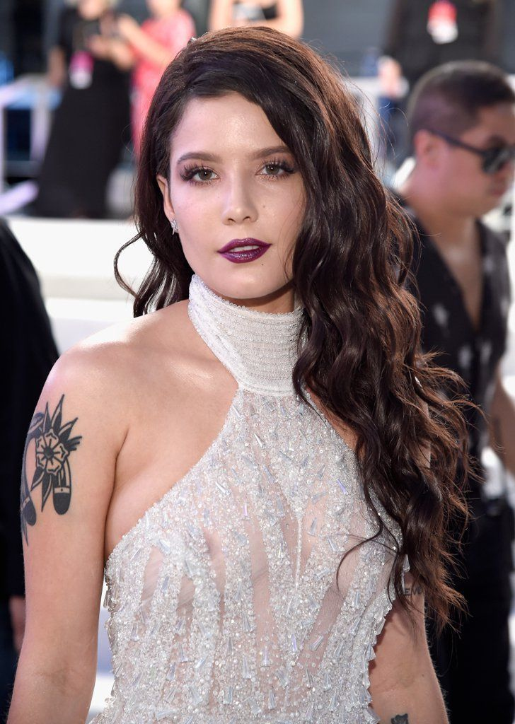 Celebrity Hair and Makeup at the MTV Video Music Awards 2016 |  Halsey…