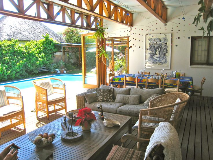 Sun room and pool deck Pinelands