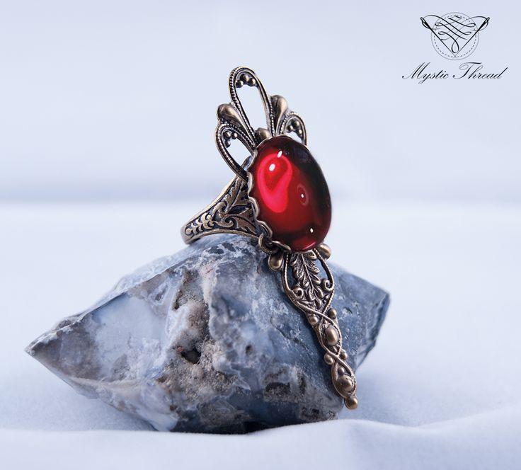 Ruby gem gothic victorian adjustable ring / e-shop: www.mysticthread.com / facebook: www.facebook.com/mysticthread.ltd  #gothicring #victorianring #rubyring #gothicjewelry #victorianjewelry #adjustablering #mysticthread