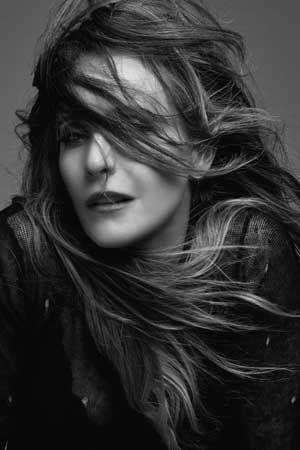 Meet Liz Asaro, singer songwriter on the move https://www.divinemagazine.biz/meet-liz-asaro-singer-songwriter-on-the-move/  #lizasaro #NewYork #rockpop #singersongwriter #interview
