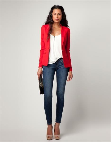 учебой джинсы с красным пиджаком фото продаже автоматическая