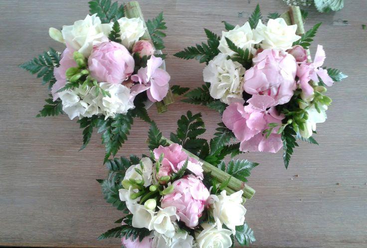 centre de table rose pastel pivoine hortensia. Black Bedroom Furniture Sets. Home Design Ideas