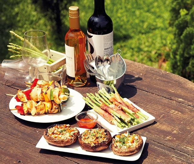 Picnic Finger Foods | Finger food recipes: Kebabs, asparagus with parma ham wrap and stuffed ...