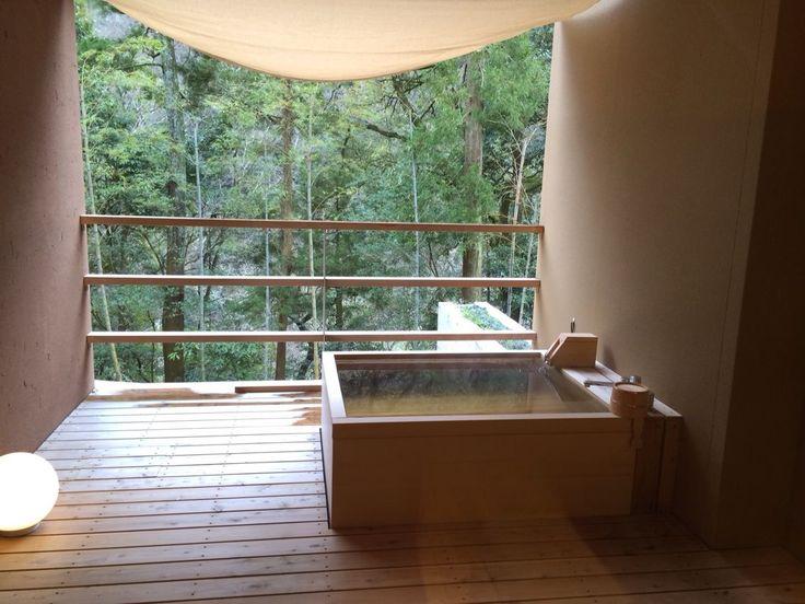 人恋しくなる季節、大切な人と旅行に出かけてみませんか?一度は泊まってみたい「至極の宿」を11個ご紹介します。今回は東日本編です。素敵な思い出にぜひ参考になれば幸いです。 1.星のや 軽井沢【長野県、星野温泉】...