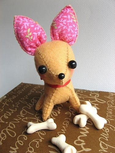 Today  I leave 's suggestion : make a plush  pinscher , following  the template  below :