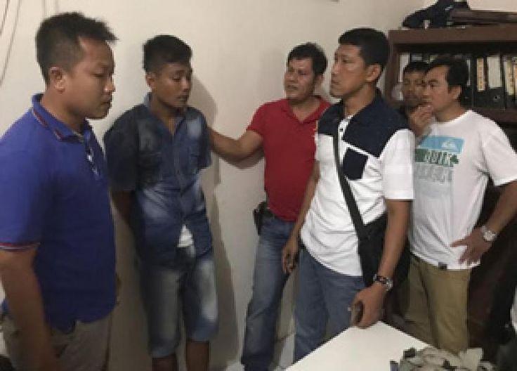 Pekanbaru, Oketimes.com - Kepolisian Resor (Polres) Kampar dan jajaran Polsek Tapung berhasil mengungkap misteri kasus penemuan sesosok jasad di dalam lubang sumur tua yang sudah tak terpakai di RT25/ ...