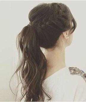 Llevar el pelo recogido en frances