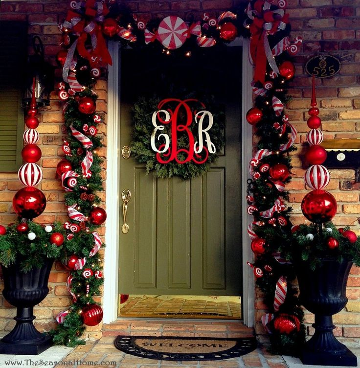 A Peppermint Porch, Sweets for Santa, the North Pole Ritz and some Whimsical Retro Christmas decorations are waiting to inspire @ www.TheSeasonalHome.com... videos too!