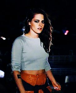 Kristen Stewart(click on pic for gif)at The Chanel Fashion Show 2013 Dallas,Tx