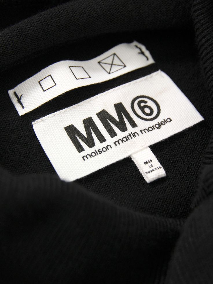 MM6-Maison-Martin-Womens-HA0302-S14398-Black-Knit-3.jpg 2,025×2,700 pixels