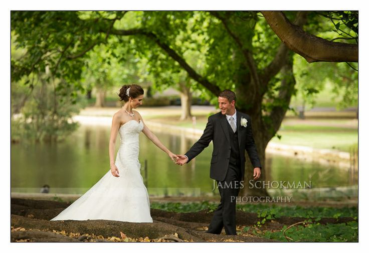 Perth Wedding photo location: Hyde Park, Perth Western Australia.