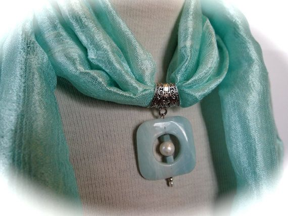Ligot Green thaï Silk scarf green natural stone and by Ocelyane