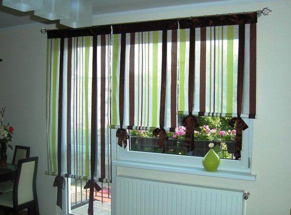 рулонные шторы на кухню с балконной дверью