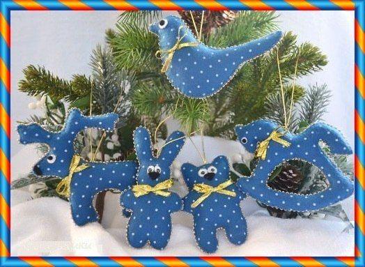 Елочные игрушки и Новогодние сувениры из ткани и трикотажа