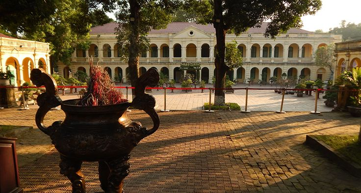 Thang Long Citadel in Hanoi. #hanoi #citadel #thanglong #travel #vietnam