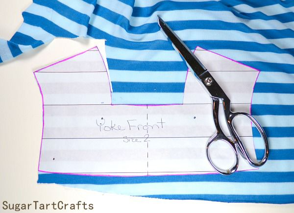 Cutting striped knit fabric easily - use freezer paper