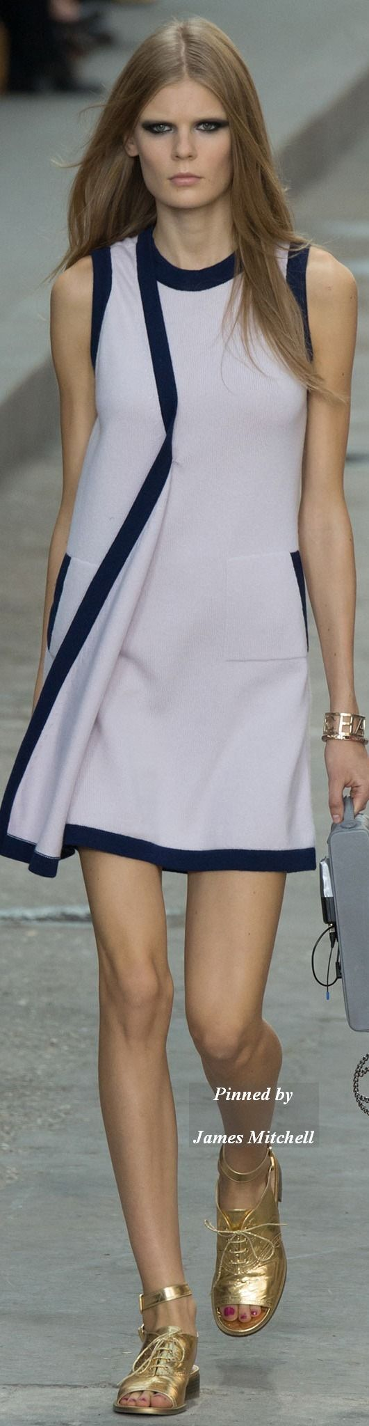 CHANEL Collection  Spring 2015 Ready-to-Wear