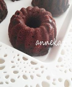 Mikrodalgada çabuk kek, mikrodalgada silikon kalıpla kek mikrodalgada 5 dakikada kek nasıl yapılır? Kek tarifi caramiolu kek, bayram tatlısı alternatifleri, 3 dakikada kek nasıl yapılır?