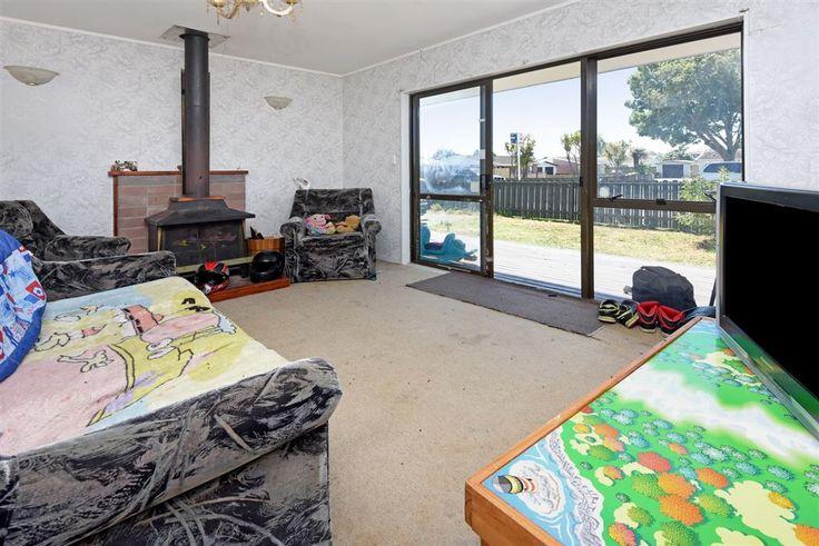 http://ajaygulati.harcourts.co.nz/Property/795109/MKU22452/45A-Station-Road