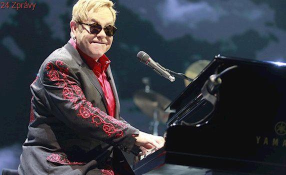 Zpěvák Elton John byl kvůli infekci v ohrožení života, zrušil koncerty
