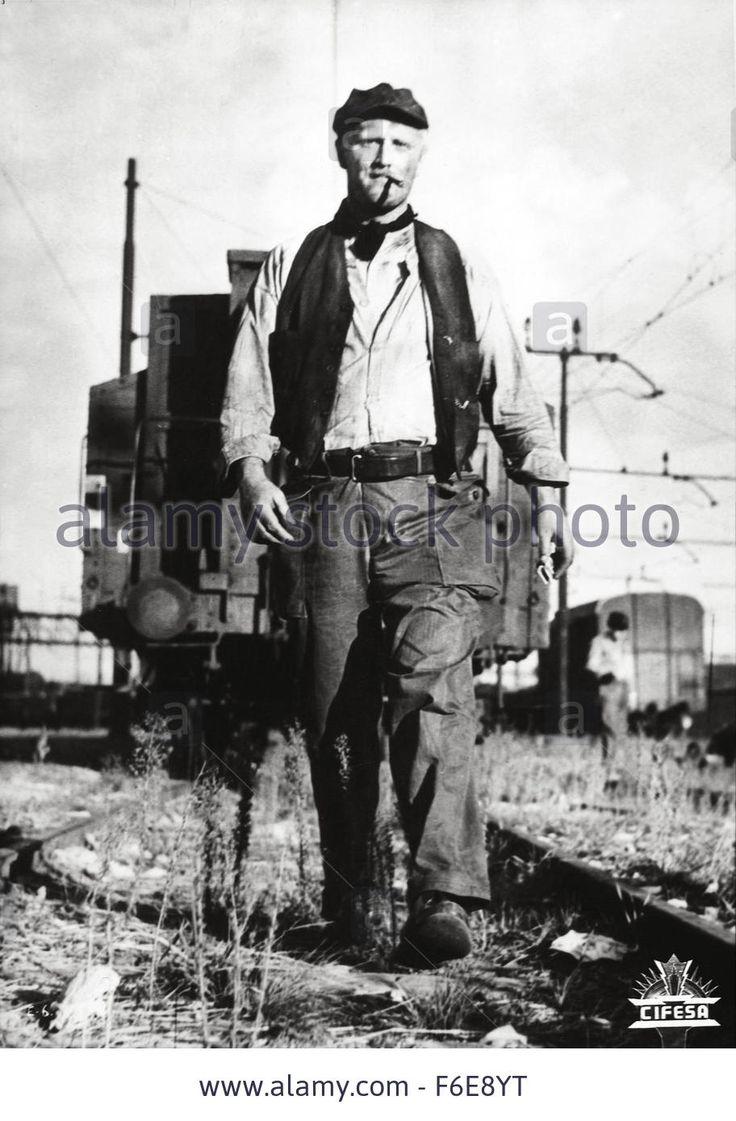 1957-il-ferroviere-original-film-title-il-ferroviere-pictured-pietro-F6E8YT.jpg (912×1390)