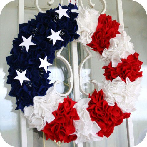 DIY summer wreathsHoliday, Fourth Of July, July Wreaths, Patriots Wreaths, Front Doors, 4Th Of July, July 4Th, Patriotic Wreath, Crafts